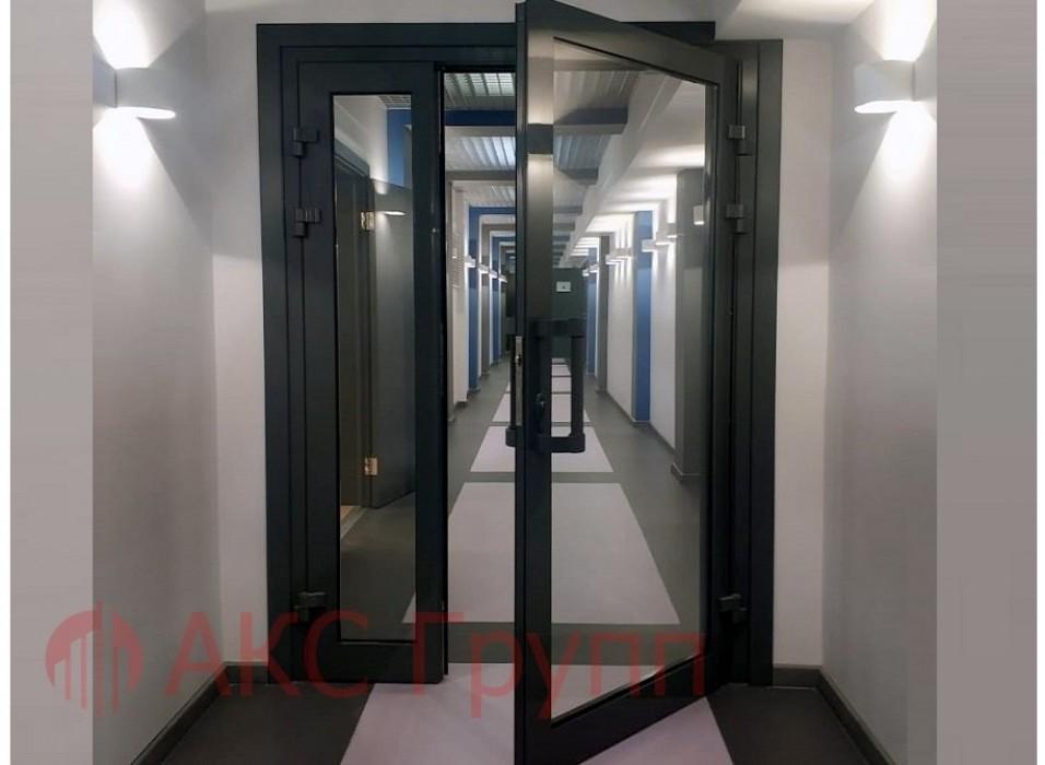 """Алюминиевая дверь из """"холодного"""" профиля"""