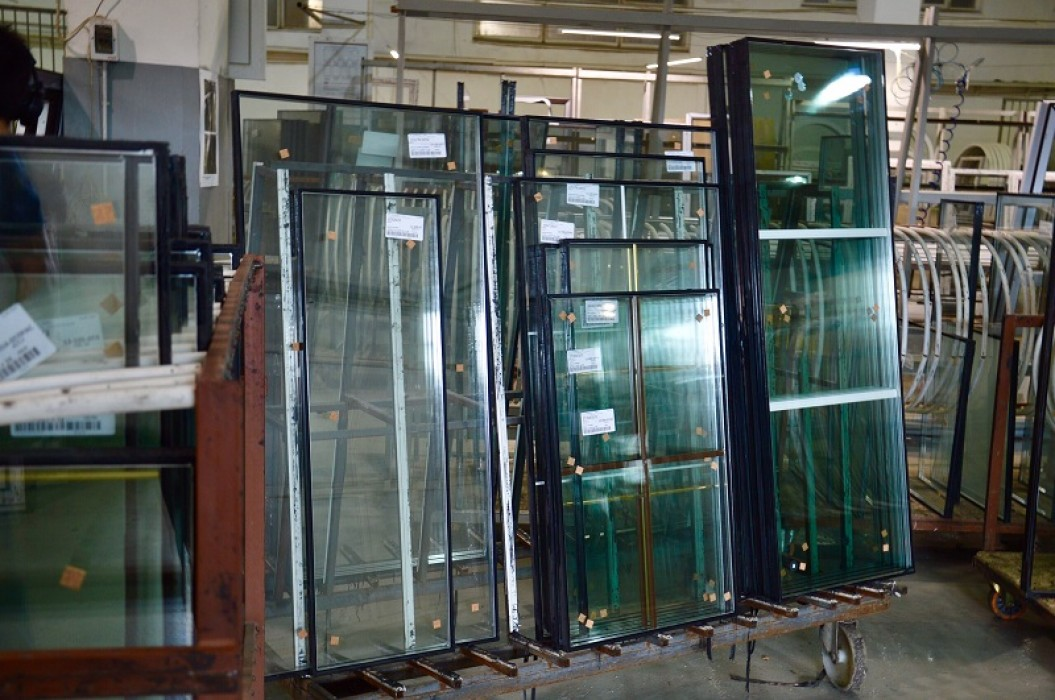 стекло для противопожарных дверей