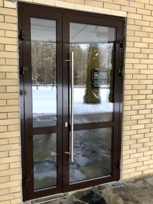Алюминиевые двери производство