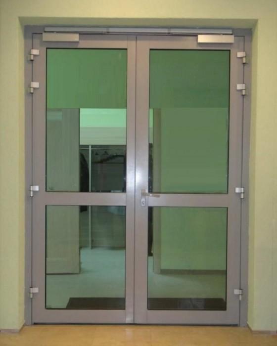 Алюминиевые двери холодные